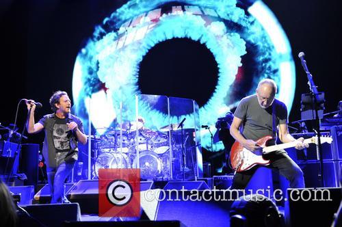 Eddie Vedder and Pete Townshend 8