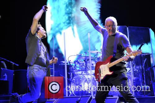 Eddie Vedder and Pete Townshend 9