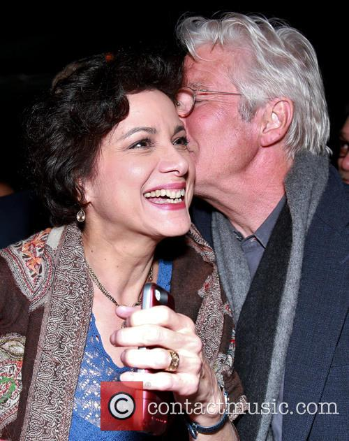 Saundra Santiago and Richard Gere 2