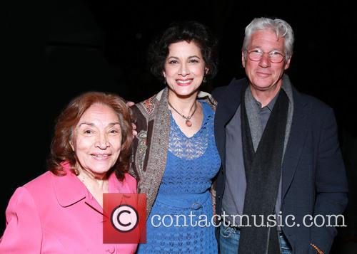Míriam Colón, Saundra Santiago and Richard Gere