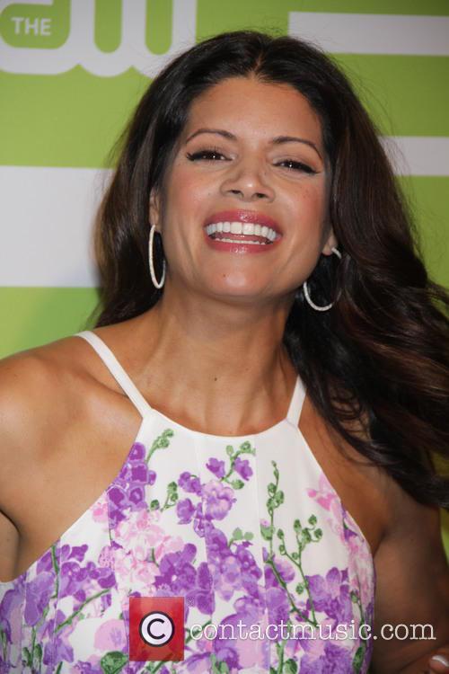 Andrea Navedo 4