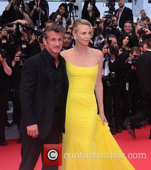 Sean Penn and Charlize Theron 10