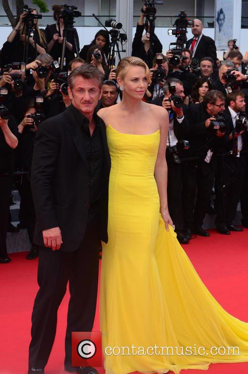 Sean Penn and Charlize Theron 11