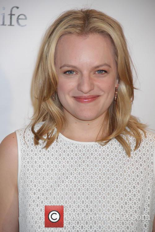 Elisabeth Moss: Filming Peggy Olsons' 'Mad Men' Hallway Strut Was