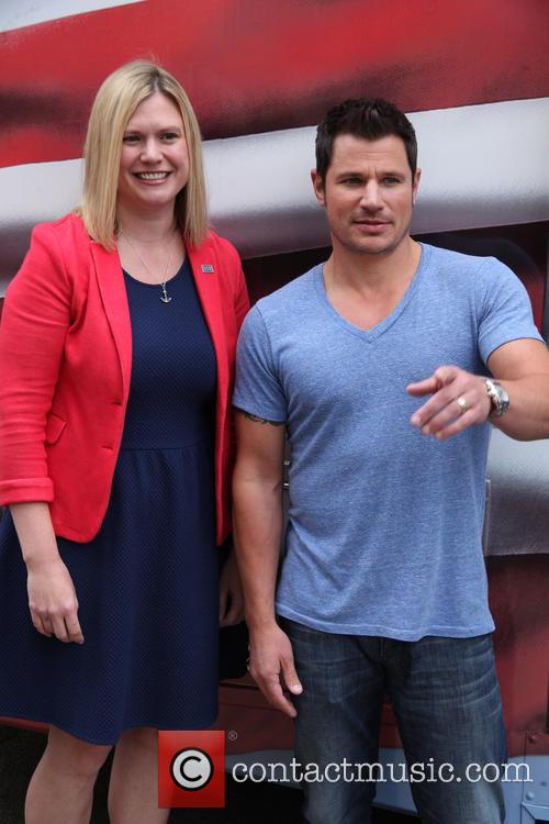 Nick Lachey at the Almay Simply American Experience