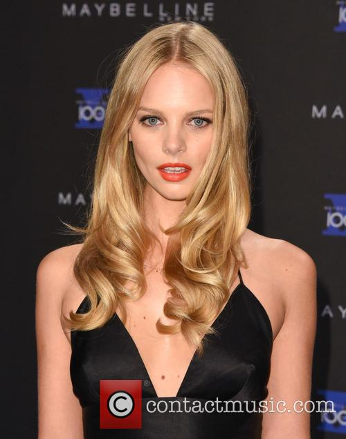 Marloes Horst 11