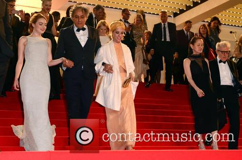Woody Allen, Soon-yi Previn, Emma Stone and Parker Posey 5