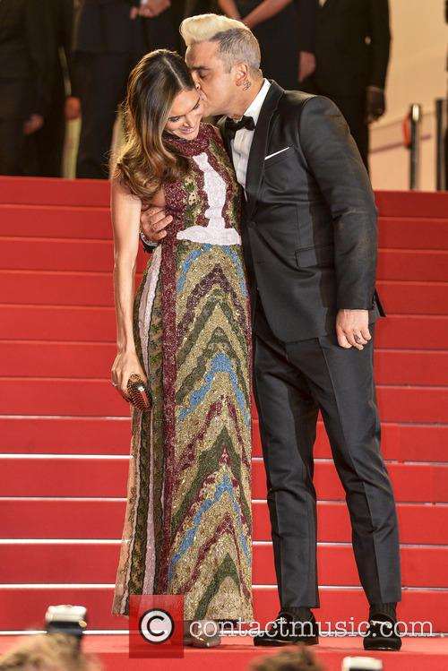 Robbie Williams and Ayda Field 4