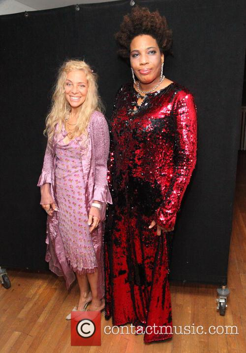 Wendy Oxenhorn and Macy Gray 1