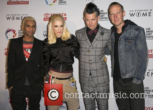 Tony Kanal, Gwen Stefani, Tom Dumont, Adrian Young and Of No Doubt 5