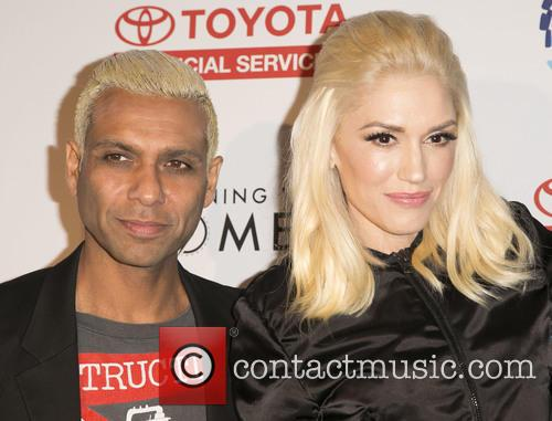 Tony Kanal and Gwen Stefani 9
