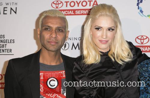 Tony Kanal and Gwen Stefani 11