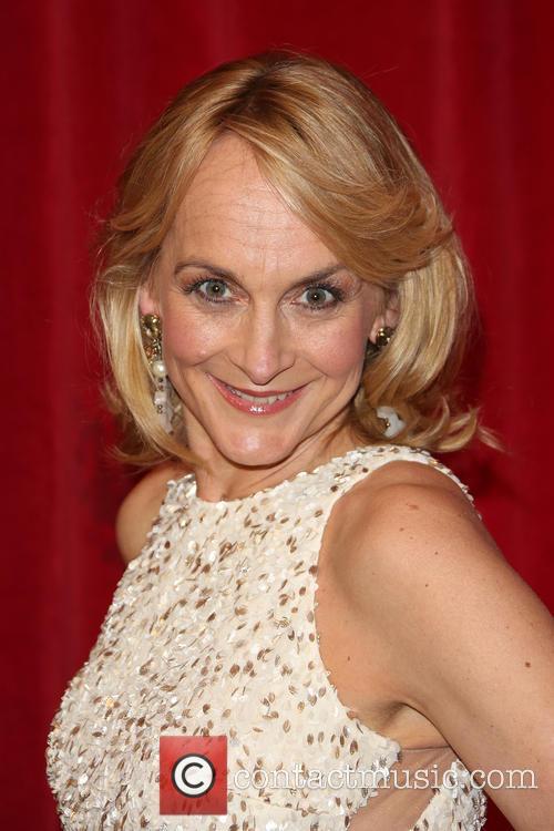 Louise Minchin 6