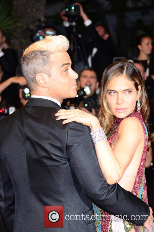 Robbie Williams and Ayda Field 10