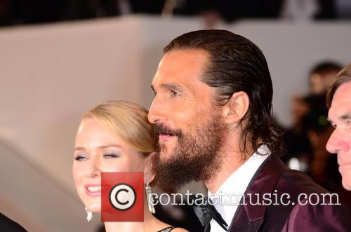 Naomi Watts and Matthew Mcconaughey 5