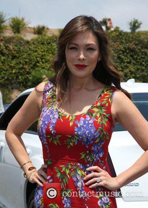 Lindsay Price 4