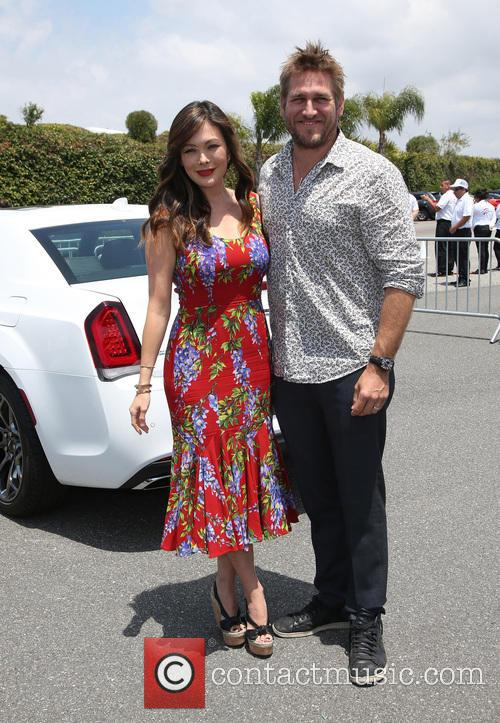 Lindsay Price and Curtis Stone 7
