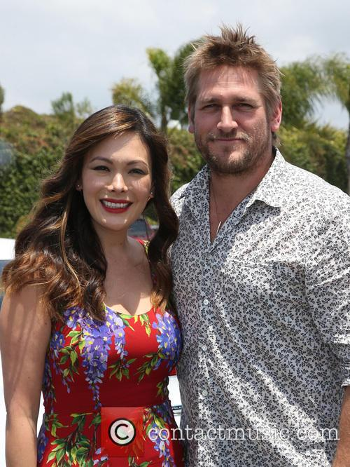 Lindsay Price and Curtis Stone 9
