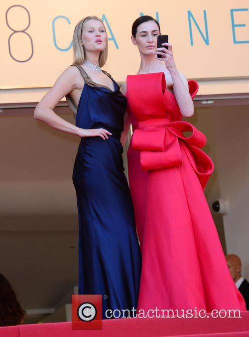 Erin O'connor and Toni Garrn 9