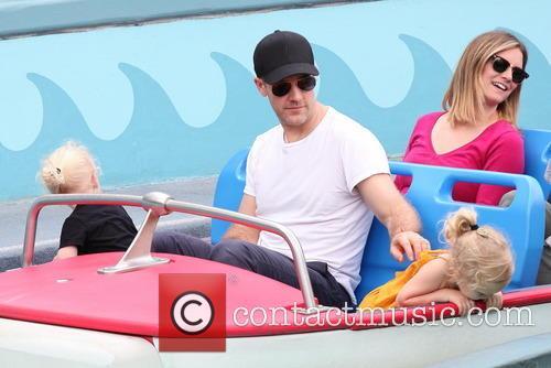 James Van Der Beek, Annabel Leah Van Der Beek and Olivia Van Der Beek 5