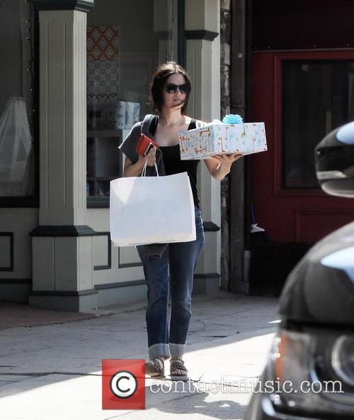 Rachel Bilson baby shopping