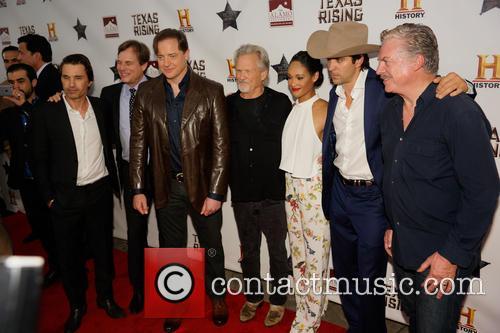 Olivier Martinez, Bill Paxton, Brendan Fraser, Kris Kristofferson, Cynthia Addai-robinson, Nicky Katt and Christopher Mcdonald 2