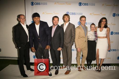 Miguel Ferrer, Ll Cool J, Chris O'donnell, Eric Christian Olsen, Barrett Foa, Renée Felice Smith and Daniela Ruah 3