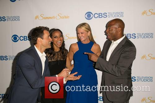 Cameron Mathison, Nischelle Turner, Nancy O'dell and Kevin Frazier 7