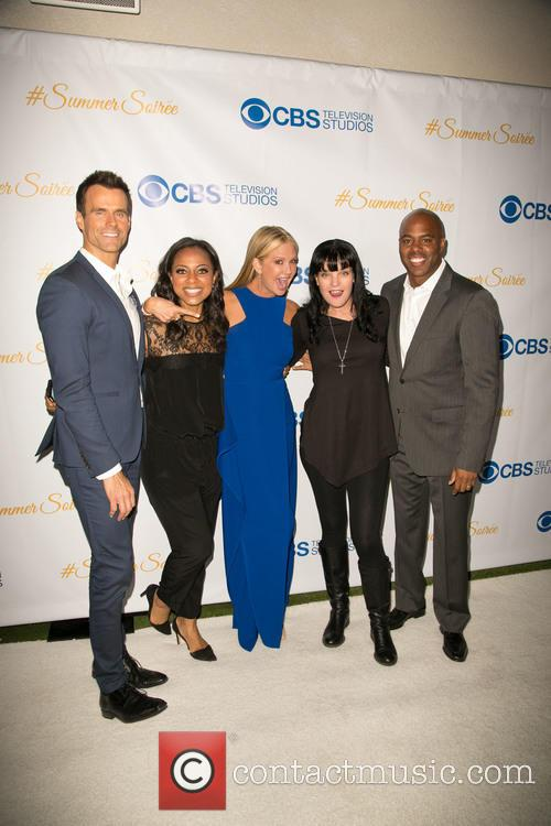 Cameron Mathison, Nischelle Turner, Nancy O'dell, Pauley Perrette and Kevin Frazier 11
