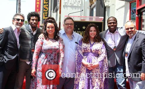 Chuck Lorre, Nyambi Nyambi, Katy Mixon, Melissa Mccarthy and Reno Wilson 5