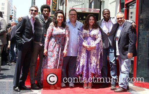 Chuck Lorre, Nyambi Nyambi, Katy Mixon, Melissa Mccarthy and Reno Wilson 6