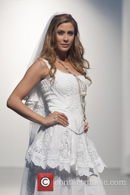 Elisabeth Reyes 7