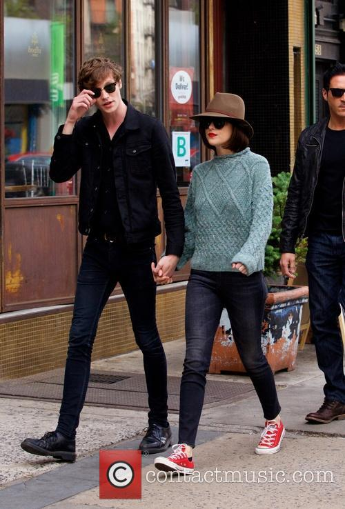 Matthew Hitt and Dakota Johnson 4