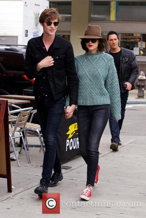 Matthew Hitt and Dakota Johnson 5