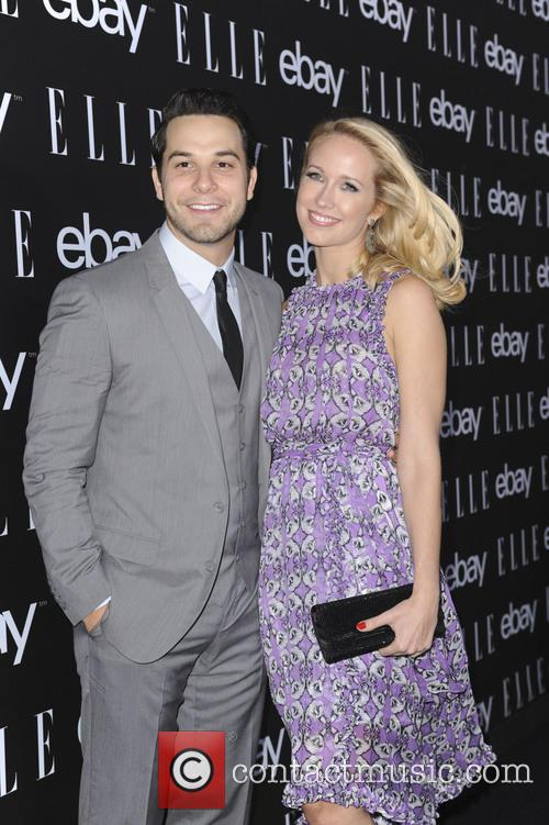 Skylarz Astin and Anna Camp 5