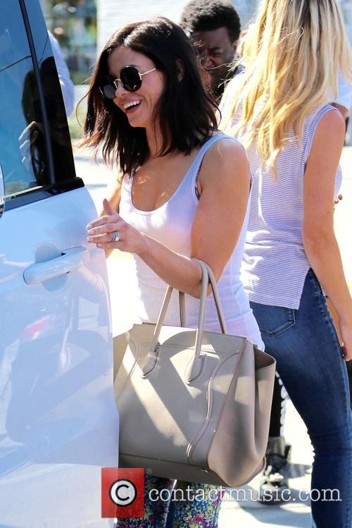 Jenna Dewan leaves Gracias Madre