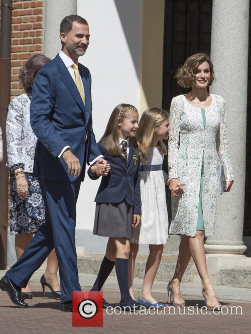 King Felipe Vi Of Spain, Princess Sofia Of Spain, Princess Leonor Of Spain and Queen Letizia Of Spain 6