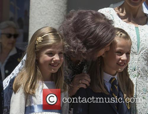 Princess Sofia Of Spain, Princess Leonor Of Spain and Queen Sofia 3