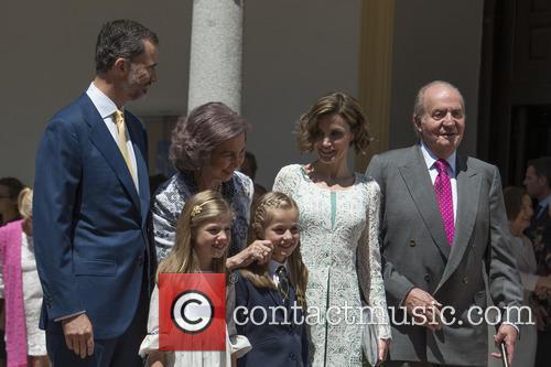 King Juan Carlos, Queen Sofia, King Felipe Vi Of Spain, Princess Sofia Of Spain and Princess Leonor Of Spain 3