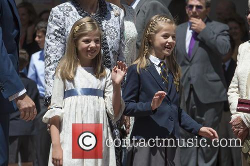 Princess Sofia Of Spain and Princess Leonor Of Spain 5