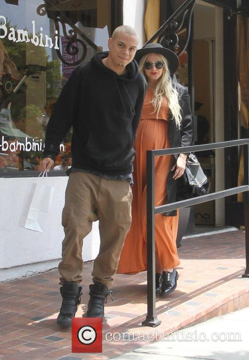 Ashlee Simpson and Evan Ross leaving Bel Bambini...