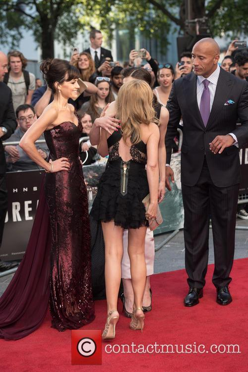 Kylie Minogue, Carla Gugino, Alexandra Daddario and Dwayne Johnson 10