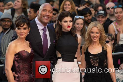 Dwayne Johnson, Kylie Minogue, Alexandra Daddario and Carla Gugino 11
