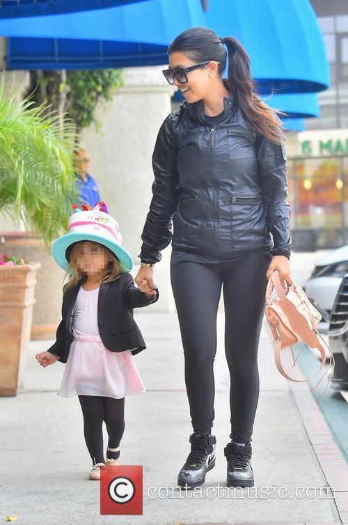 Kourtney Kardashian and Penelope Disick 2