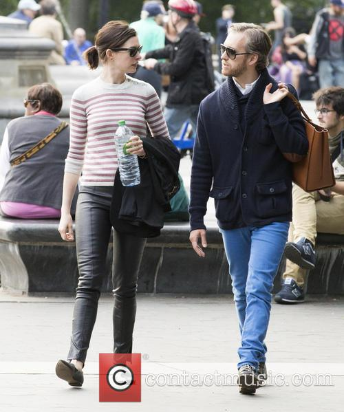 Anne Hathaway and Adam Shulman 8
