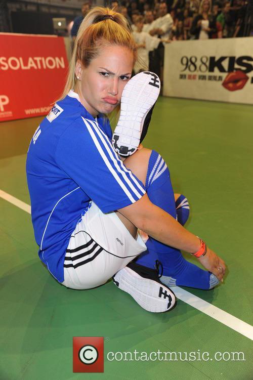 Angelina Heger 11