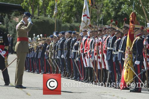 Guards and King Felipe Of Spain 5