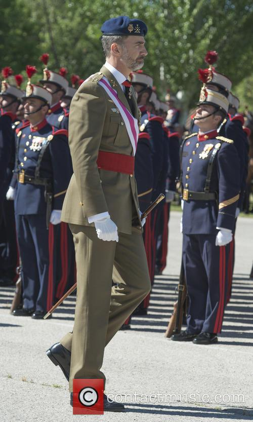 Guards and King Felipe Of Spain 7