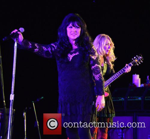 Ann Wilson and Nancy Wilson 3