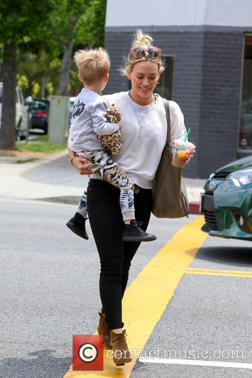 Hilary Duff and Luca Comrie 7